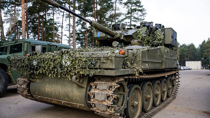 Бронетранспортер латвийской армии CVRT Zobens