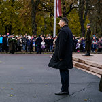 Президенту докладывают о готовности войск к параду