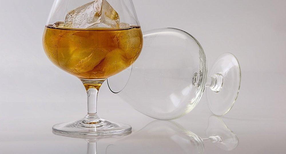 Пьянство, архивное фото