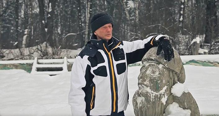 Михаил Задорнов читает стихотворение Идут белые снеги