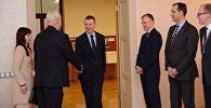 Встреча главы МИД Латвии Эдгарса Ринкевичса с первым заместителем министра иностранных дел России Владимиром Титовым в Риге
