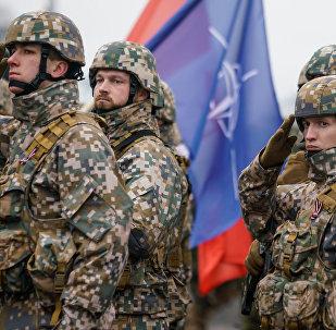 Военный парад в день провозглашения независимости Латвии