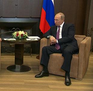 Президент Сирии Башар Асад поблагодарил Владимира Путина за помощь