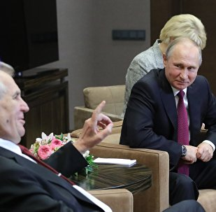 Krievijas prezidents Vladimirs Putins un Čehijas prezidents Milošs Zemans