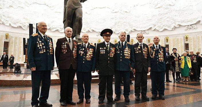 Ветераны на Балу Победителей в Центральном музее Великой Отечественной войны на Поклонной горе в Москве