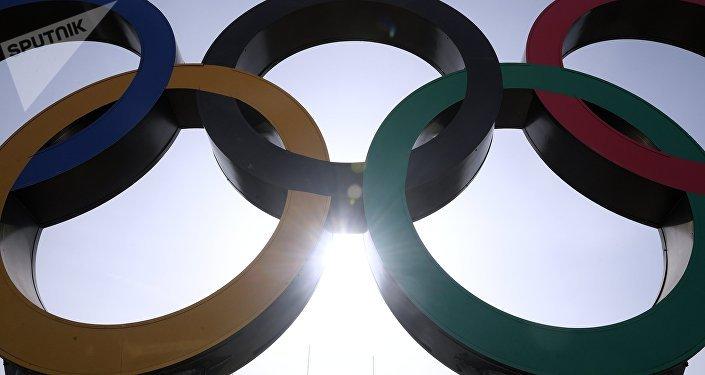 Олимпийский символ, архивное фото