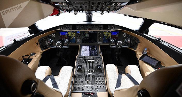Кабина пилотов самолета Bombardier Global Express 6000
