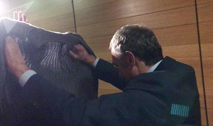 Апелляционный суд французского города Экс-ан-Прованс оставил на свободе сенатора Сулеймана Керимова