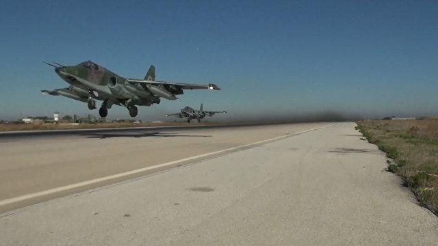 Домой: Россия выводит авиацию из Сирии