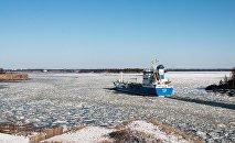 Финнский залив Балтийского моря зимой, архивное фото