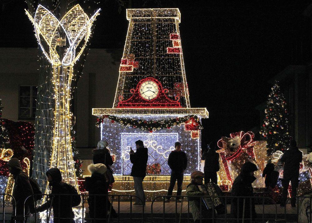 Ziemassvētku iluminācija Varšavā