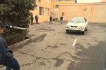 16-летняя армянская спортсменка тянет автомобиль с помощью волос