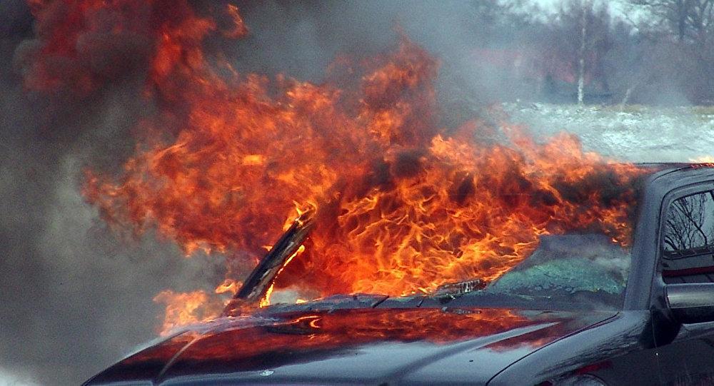 ВАнглии  вавто сгорел иностранец, который воевал вукраинской армии