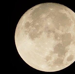 Какой видели кровавую луну жители разных стран мира