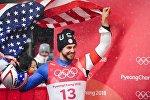 Крис Маздзер (США), занявший 2-е место на соревнованиях по санному спорту среди мужчин на XXIII зимних Олимпийских играх в Пхенчхане