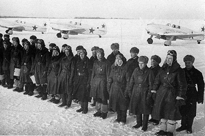 Боевые авиачасти и самолеты Як-7Б, 1941-1945