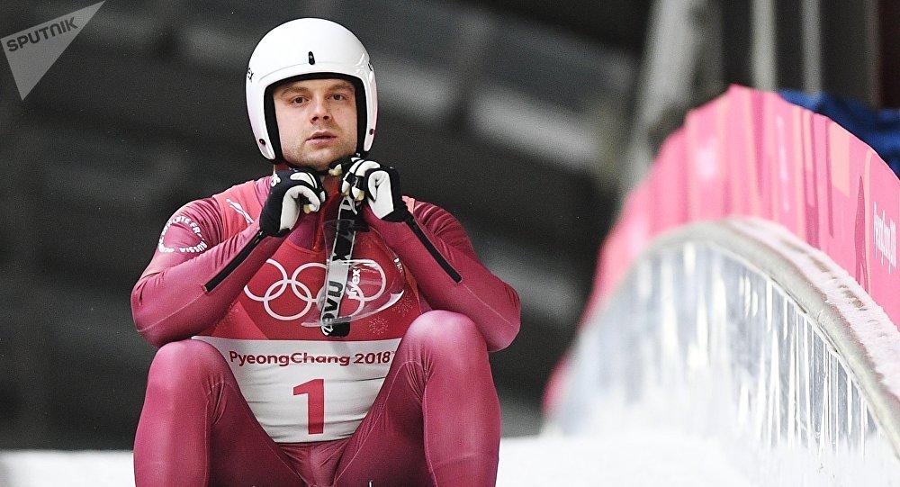 Российский спортсмен Семен Павличенко на соревнованиях по санному спорту среди мужчин на XXIII зимних Олимпийских играх в Пхенчхане