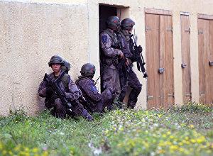 Литовская армия во время учений, архивное фото