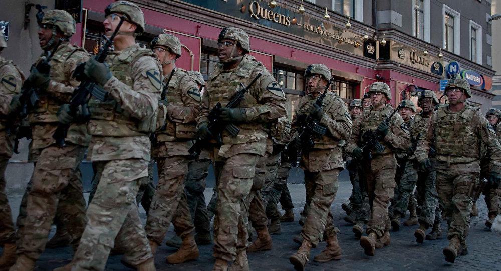 NATO karaspēka daļas Rīgas centrā