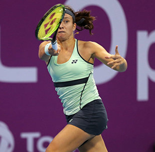 Анастасия Севастова в матче с Симоной Халеп из Румынии во время теннисного соревнования в Дохе, 15 февраля 2018 года, архивное фото