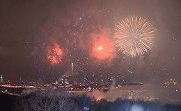 Салют в честь 23 февраля в Москве