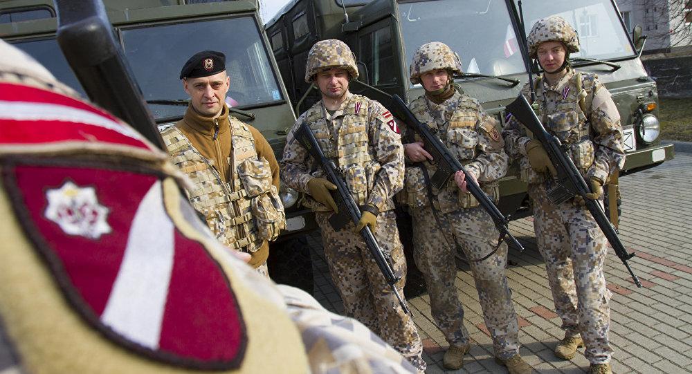 Latvijas karavīri