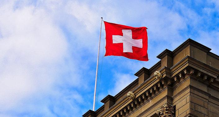 Šveicieši balso pret garantētajiem ienākumiem. Foto no arhīva