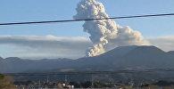 Japānā pamodies vulkāns no filmas par Džeimsu Bondu