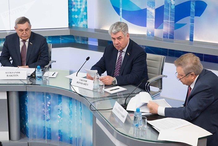 Брифинг комитета Совета Федерации РФ по обороне и безопасности с военными атташе иностранных государств