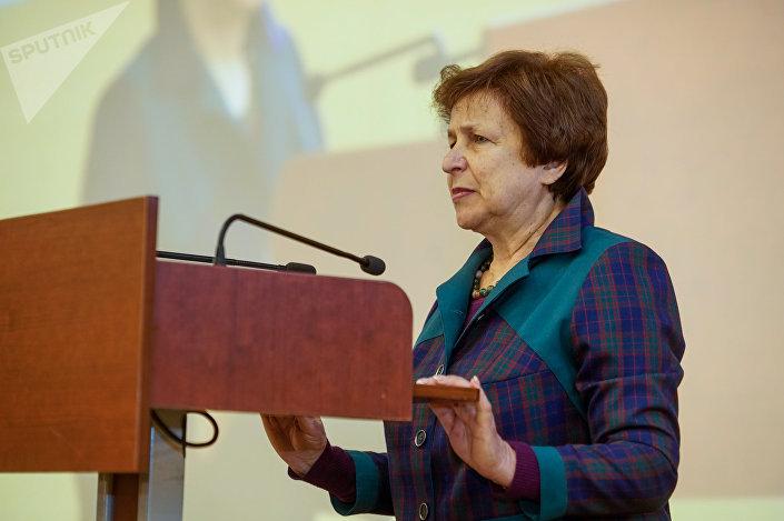 Лидер партии Русский союз Латвии Татьяна Жданок на Вселатвийском родительском собрании