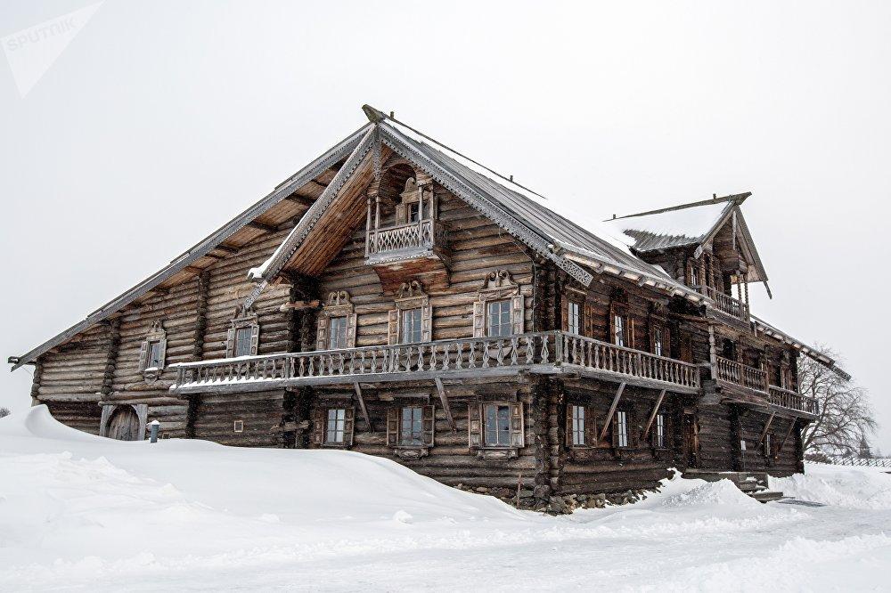 Oševņeva māja (1876. g.) Oševņevo ciemā Kižu muzejā-rezervātā