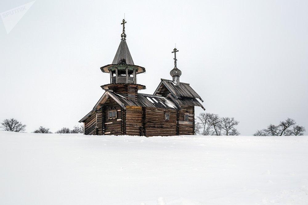Erceņģela Mihaila kapela Ļeļikozero ciemā Kižu muzejā-rezervātā