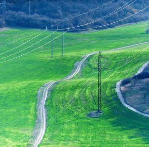 Elektrības pārvades līnijas Kļinovkas ciematā, Krima