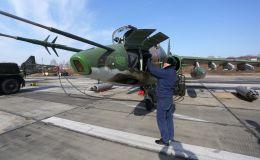 Подготовка штурмовика Су-25 к взлету на соревнованиях военных летчиков Авиадартс-2018 в Приморье