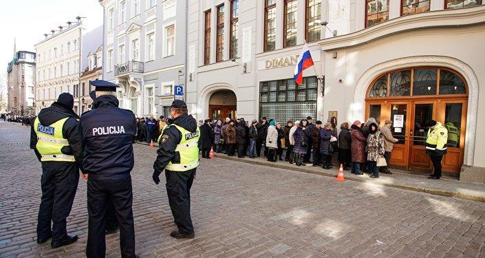 Голосование на выборах президента России в Риге