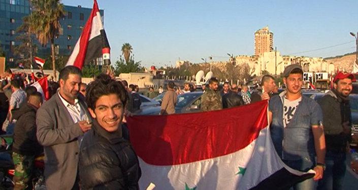 Жители Дамаска высказались о ракетном ударе по Сирии