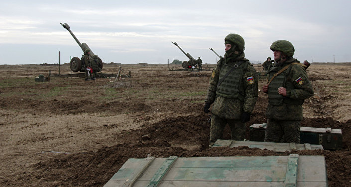 Военнослужащие ПВО РФ во время учений. Архивное фото