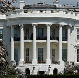Официальная резиденция президента США - Белый дом в Вашингтоне, архивное фото