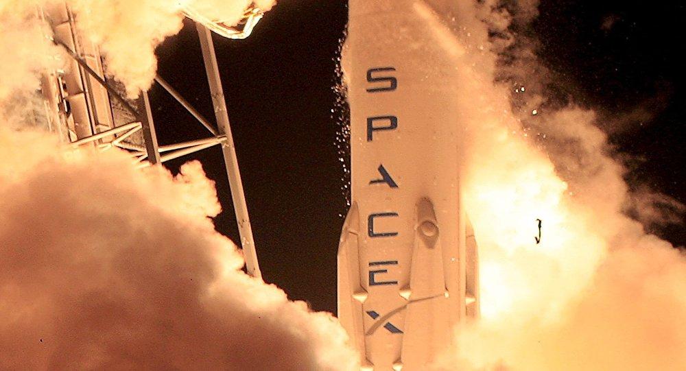 Старт ракеты-носителя Falcon 9, 5 марта 2016