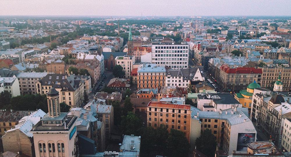 Эстония опережает Латвию иЛитву поминимальной заработной плате