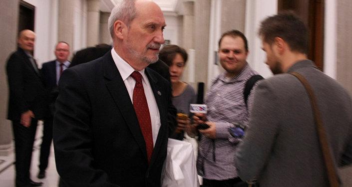 Министр обороны Польши Антоний Мачеревич. Архивное фото